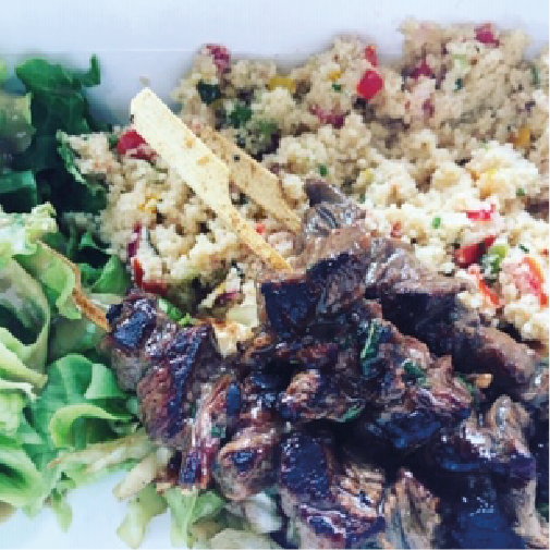 Plat du jour viande taboulé salade